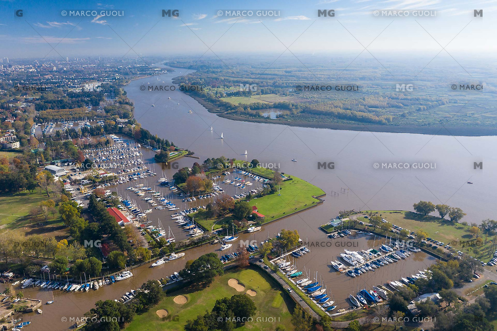FOTOGRAFIA AEREA DEL CLUB NAUTICO SAN ISIDRO, CLUB NAUTICO SUDESTE Y EL RIO LUJAN, SAN ISIDRO, PROVINCIA DE BUENOS AIRES, ARGENTINA (PHOTO BY © MARCO GUOLI - ALL RIGHTS RESERVED. CONTACT THE AUTHOR FOR IMAGE REPRODUCTION)