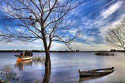 O rio Jaguarão (em castelhano Yaguarón) é um rio brasileiro do estado do Rio Grande do Sul. É navegável por 32 quilômetros, da foz até o município de Jaguarão no extremo sul do Brasil, com 2,50 metros de profundidade. Principal rio da bacia de mesmo nome , nasce na Serra de Santa Tecla, na Coxilha das Tunas ou do Arbolito (município de Hulha Negra). FOTO: Jefferson Bernardes/Preview.com