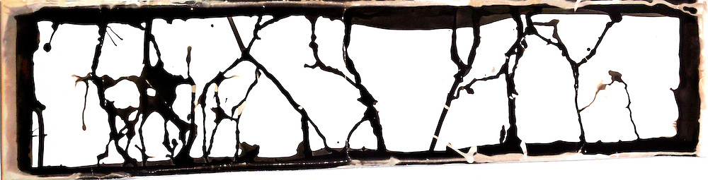 Black and White chemigram. Made in tradional photographic paper. It measure  0.30 x 0.40 mts.