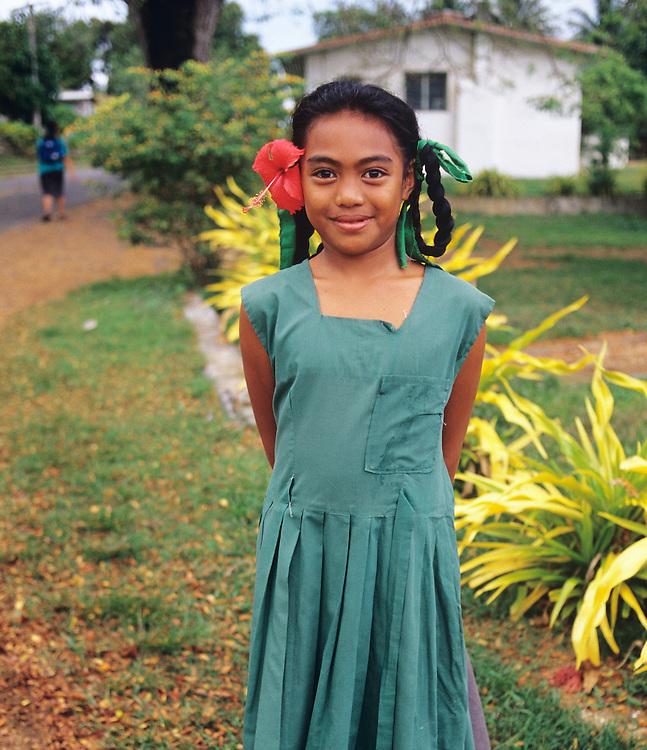 Cook Islands, K?ki '?irani, South Pacific Ocean, Aitutaki, portrait of native girl
