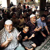 Istanbul , Turkey 06 July 2005 <br /> Turkish muslims pray in a mosque of Istanbul. <br /> Photo: Ezequiel Scagnetti