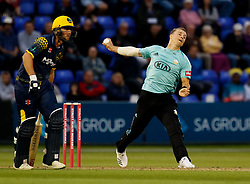 Surrey's Tom Curran<br /> <br /> Photographer Simon King/Replay Images<br /> <br /> Vitality Blast T20 - Round 14 - Glamorgan v Surrey - Friday 17th August 2018 - Sophia Gardens - Cardiff<br /> <br /> World Copyright © Replay Images . All rights reserved. info@replayimages.co.uk - http://replayimages.co.uk