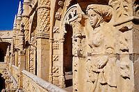 Portugal, Lisbonne, mosteiro dos Jeronimos ou monastere des Hieronymites, classé Patrimoine Mondial de l'UNESCO, le cloître // Portugal, Lisbon, mosteiro dos Jeronimos, Jeronimos monastery, UNESCO world heritage, the cloister