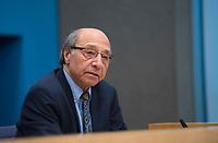 DEU, Deutschland, Germany, Berlin, 10.12.2020: Bahman Nirumand, iranisch-deutscher Germanist, Iranist und Autor, in der Bundespressekonferenz zur Menschenrechtslage im Iran.
