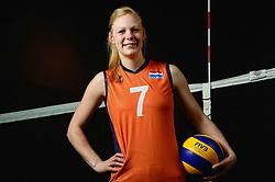 07-04-2014 NED: SELECTIE JONG ORANJE: ARNHEM<br /> Volleybalteam Jong Oranje / Daphne Knijff<br /> ©2014-FotoHoogendoorn.nl