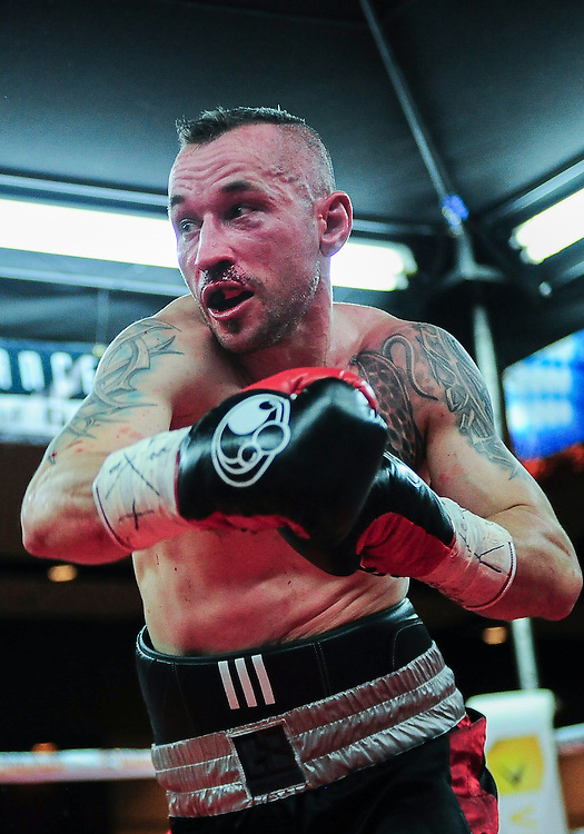 """February 21, 2016: Michal Dufek (L) from the Czech Republic during his lightweight bout against  Ayaz """"The Machine"""" Hussain as part of the Fight Club 18 gala at the Hilton Lac Leamy in Gatineau, Quebec, Canada. (Photo by Steve Kingsman/Icon Sportswire)"""