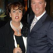 NLD/Amsterdam/20060520 - Huwelijk Edwin van der Sar en Annemarie van Kesteren, Louis van Gaal en partner Truus Opmeer