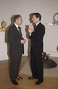 John Nickson ( ?) and Nicholas Serota. The Queen's celebration of the Arts. Royal Academy. 16 May 2002. © Copyright Photograph by Dafydd Jones 66 Stockwell Park Rd. London SW9 0DA Tel 020 7733 0108 www.dafjones.com