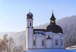 THEMENBILD - die Seekirche von Seefeld bei Sonnenschein, aufgenommen am 14. November 2016, Seefeld, Österreich // The Seekirche of Seefeld at sunshine, Seefeld, Austria on 2016/11/14. EXPA Pictures © 2016, PhotoCredit: EXPA/ JFK