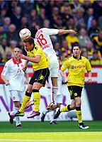 Fotball , 30. april 2011<br /> Bundesliga, Borussia Dortmund - 1. FC Nürnberg<br /> v.l. Mario Goetze (Dortmund), Almog Cohen<br /> <br /> Norway only