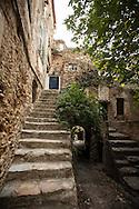 Liguria,Bussana Vecchia, il villaggio degli artisti.
