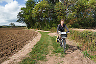 Cycling along the bridleway between Aston Somerville and Childswickham