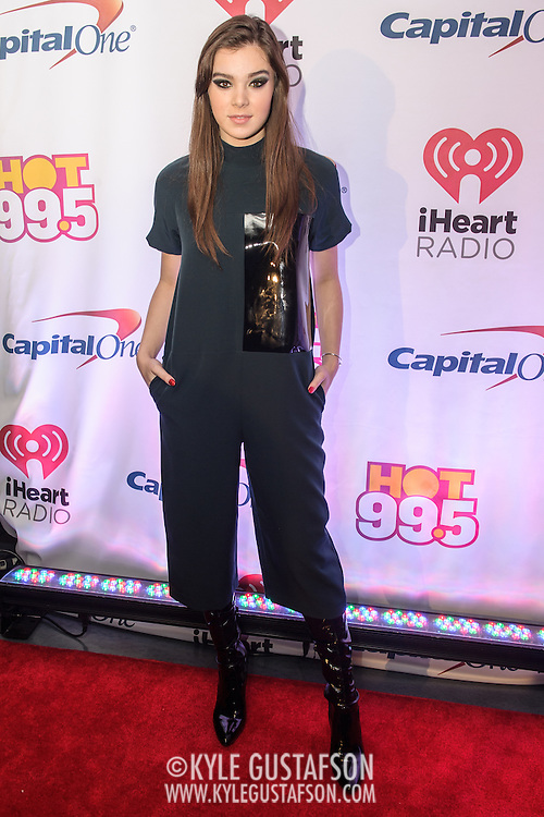 HAILEE STEINFELD walks the red carpet at the Hot 99.5 Jingle Ball at the Verizon Center in Washington, D.C.