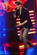 """Auftritt von Vincent Gross bei der SRF-Pop-Schlager-Show """"Hello Again"""". Aufzeichnung vom 14. April 2019 in den Fernsehstudios Zürich."""