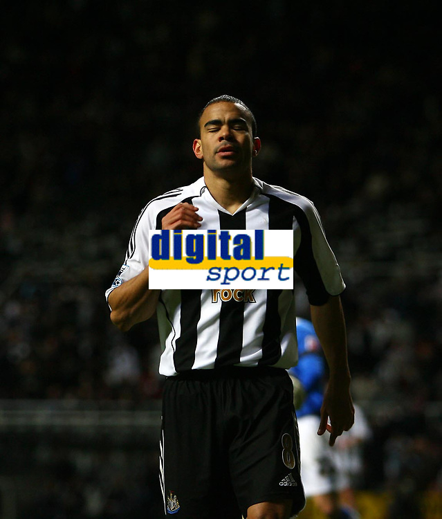 Photo: Andrew Unwin.<br /> Newcastle United v Birmingham City. The FA Cup. 17/01/2007.<br /> Newcastle's Kieron Dyer rues a missed opportunity.