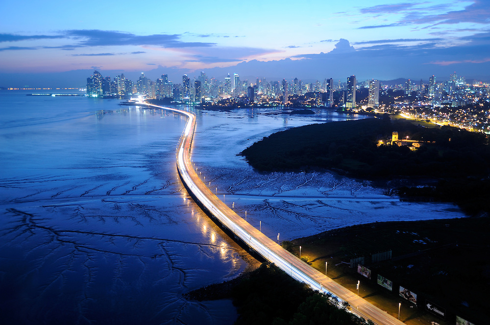 Corredor Sur y Panamá Viejo / Ciudad de Panamá.