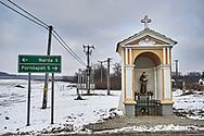 SERIES - UNRLIABLE-SIGHTINGS by PAUL WILLIAMS- Shrine  Narda Hungary