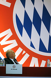 13.11.2013, Audi Dome, Muenchen, GER, 1. FBL, Jahreshauptversammlung FC Bayern Muenchen, im Bild Praesident Uli Hoeness (FC Bayern Muenchen) blickt symbolisch auf sein Lebenswerk // during the annual General Meeting of 2013 at the Audi Dome in Muenchen, Germany on 2013/11/13. EXPA Pictures © 2013, PhotoCredit: EXPA/ Eibner-Pressefoto/ Stuetzle<br /> <br /> *****ATTENTION - OUT of GER*****