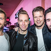 NLD/Amsterdam/20171019 - Prijsuitreiking en mini concert David Guetta, Sander Lantinga, ............, Coen Swijnenberg en Domien Verschuuren