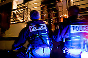 Paris, France. 2 Mai 2009..Brigade Fluviale de Paris..23h18 Intervention de secourisme suite a un malaise sur une peniche.. .Paris, France. May 2nd 2009..Paris fluvial squad..11:18 pm First aid intervention following a uneasiness on a barge..