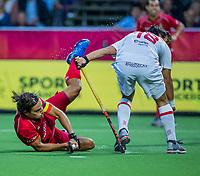 ANTWERP - BELFIUS EUROHOCKEY Championship  . Belgium v Spain (men) (5-0). Thomas Briels (Belgie) with Alejandro de Frutos (Esp)  WSP/ KOEN SUYK