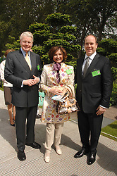 Left to right, the President of Iceland MR OLAFUR RAGNAR GRIMSSON, his wife DORIT MOUSAIEFF and PRINCE ALBERT OF MONACO at the 2008 Chelsea Flower Show 19th May 2008.<br />