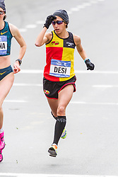 NYC Marathon, Desi Linden, mile 17