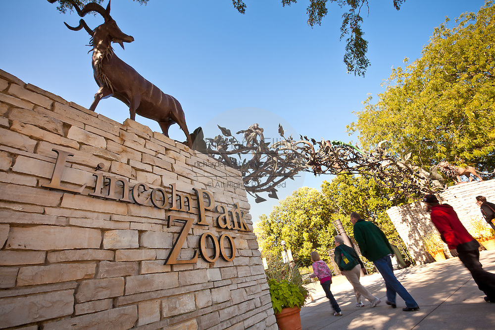 Lincoln Park Zoo Chicago, IL, USA.