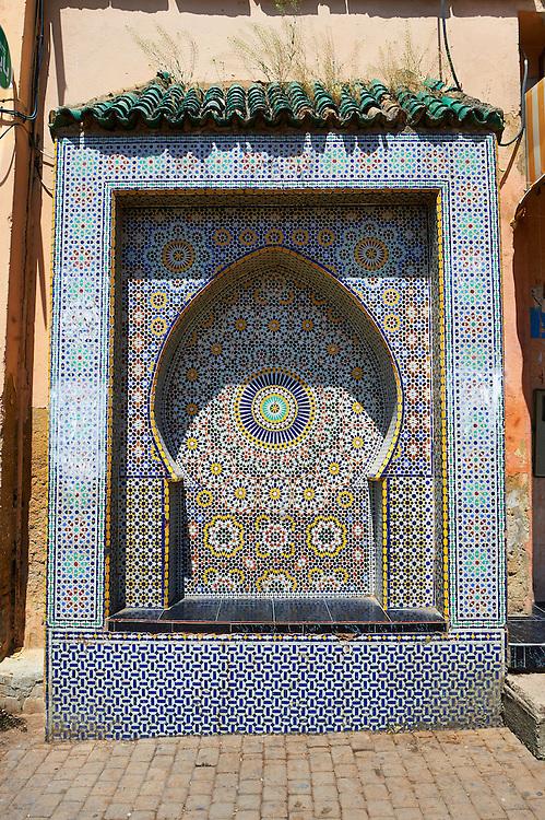 Tiled Arabesuqe Berber street fountain wells of the Medina. A UNESCO World Heritage Site. Meknes, Meknes-Tafilalet, Morocco
