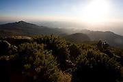 Alto Caparao_MG, Brasil...Turistas no Pico da Bandeira, no Parque Nacional Serra do Caparao...The tourists in Pico da Bandeira at National Park Serra do Caparao...Foto: LEO DRUMOND /  NITRO