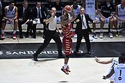 DESCRIZIONE : Bologna Lega A 2015-16 Obiettivo Lavoro Virtus Bologna - Umana Reyer Venezia<br /> GIOCATORE : Phil Goss<br /> CATEGORIA : Tiro Tre Punti <br /> SQUADRA : Umana Reyer Venezia<br /> EVENTO : Campionato Lega A 2015-2016<br /> GARA : Obiettivo Lavoro Virtus Bologna - Umana Reyer Venezia<br /> DATA : 04/10/2015<br /> SPORT : Pallacanestro<br /> AUTORE : Agenzia Ciamillo-Castoria/G.Ciamillo<br /> <br /> Galleria : Lega Basket A 2015-2016 <br /> Fotonotizia: Bologna Lega A 2015-16 Obiettivo Lavoro Virtus Bologna - Umana Reyer Venezia