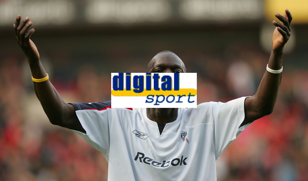 Photo: Frances Leader.<br />Charlton Athletic v Bolton Wanderers. The Barclays Premiership. 29/10/2005.<br /><br />Bolton's Aboulaye Faye celebrates their win over Charlton.