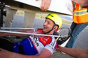 Alexey Kiristaev tijdens de laatste race. In Battle Mountain (Nevada) wordt ieder jaar de World Human Powered Speed Challenge gehouden. Tijdens deze wedstrijd wordt geprobeerd zo hard mogelijk te fietsen op pure menskracht. Het huidige record staat sinds 2015 op naam van de Canadees Todd Reichert die 139,45 km/h reed. De deelnemers bestaan zowel uit teams van universiteiten als uit hobbyisten. Met de gestroomlijnde fietsen willen ze laten zien wat mogelijk is met menskracht. De speciale ligfietsen kunnen gezien worden als de Formule 1 van het fietsen. De kennis die wordt opgedaan wordt ook gebruikt om duurzaam vervoer verder te ontwikkelen.<br /> <br /> In Battle Mountain (Nevada) each year the World Human Powered Speed Challenge is held. During this race they try to ride on pure manpower as hard as possible. Since 2015 the Canadian Todd Reichert is record holder with a speed of 136,45 km/h. The participants consist of both teams from universities and from hobbyists. With the sleek bikes they want to show what is possible with human power. The special recumbent bicycles can be seen as the Formula 1 of the bicycle. The knowledge gained is also used to develop sustainable transport.