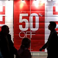 22-12-09 Christmas Sales
