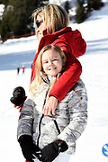 Fotosessie met de koninklijke familie in Lech /// Photoshoot with the Dutch royal family in Lech .<br /> <br /> Op de foto/ On the photo: Koningin Maxima en prinses Ariane