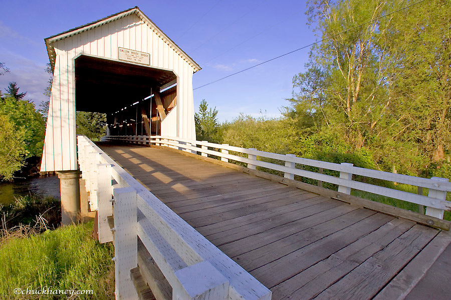Gallon House Covered Bridge built in 1916 in the Willamette Valley of Oregon