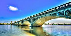 Ponte Internacional Barão de Mauá é uma ponte sobre o rio Jaguarão, na fronteira entre o Brasil e o Uruguai. A ponte liga as cidades de Jaguarão, no lado brasileiro, e Rio Branco, no lado uruguaio. Sua extensão é de 340m e foi inaugurada em 1930. FOTO: Jefferson Bernardes/Preview.com