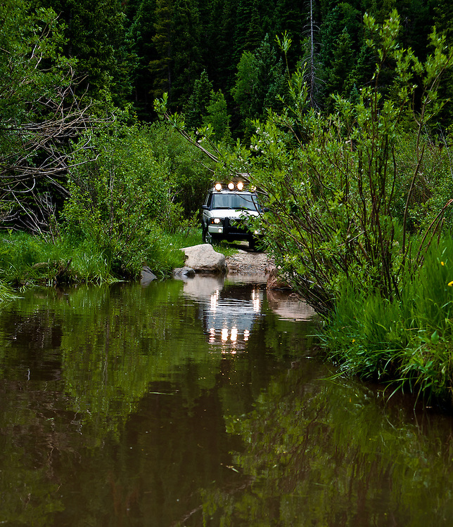 Pangaea Expeditions explores Middle St. Vrain trail