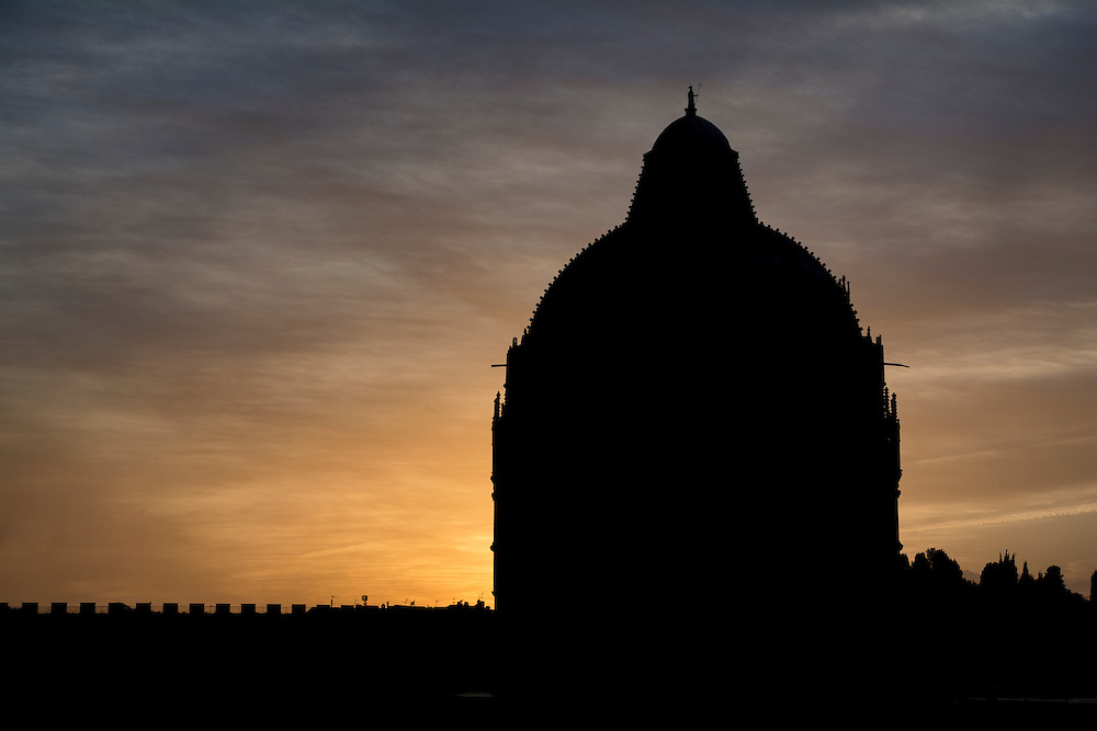 The Last rays of sun behind the Duomo.