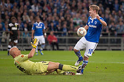 03.11.2011, Veltins Arena, Gelsenkirchen, GER, UEFA Europa League, FC Schalke 04 (GER) vs AEK Larnaca FC (CYP), im Bild Lewis Holtby (#10 Schalke) vergibt die Torchance // during FC Schalke 04 (GER) vs AEK Larnaca FC (CYP) at Veltins Arena, Gelsenkirchen, GER, 2011-11-03. EXPA Pictures © 2011, PhotoCredit: EXPA/ nph/  Kurth       ****** out of GER / CRO  / BEL ******