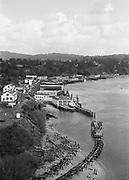 1006-B033B-07.  Newport harbor, November 1962