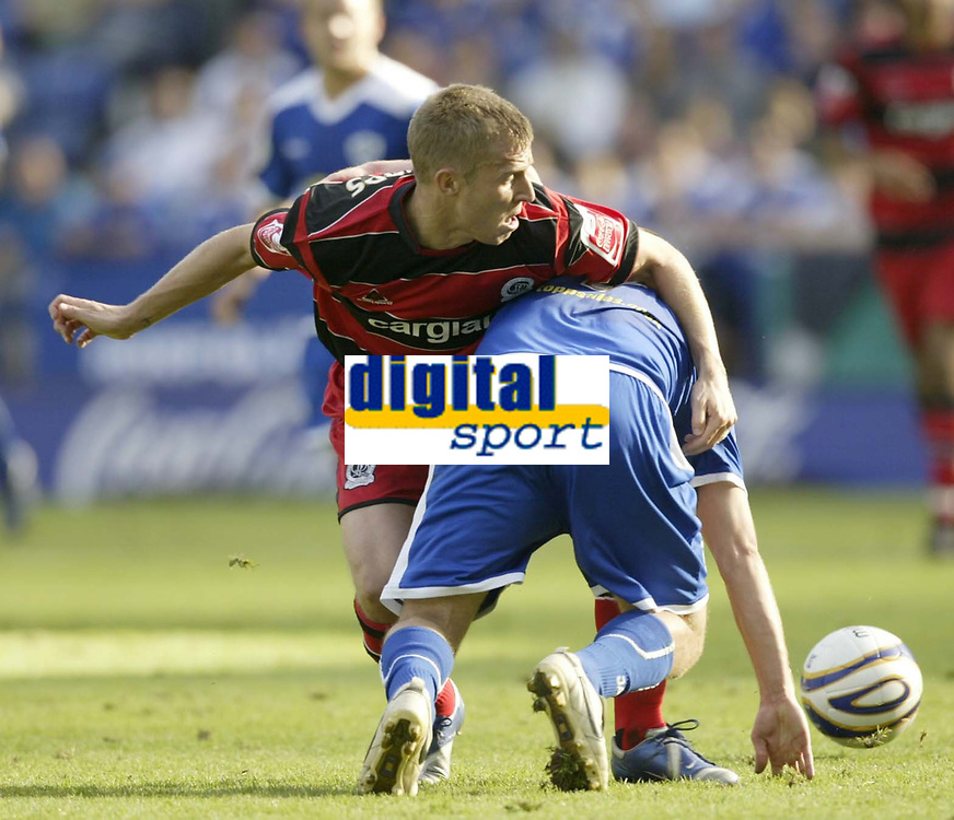 Photo: Aidan Ellis.<br /> Leicester City v Queens Park Rangers. Coca Cola Championship. 15/09/2007.<br /> Qpr's Martin Rowlands tangles with Leicester's James Wesolowski