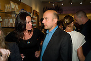 TRISHA SIMONON; MARC QUINN, Neal's Yard Remedies Natural Beauty Honours and drinks party. King's Rd. London. 4 September 2008.  *** Local Caption *** -DO NOT ARCHIVE-© Copyright Photograph by Dafydd Jones. 248 Clapham Rd. London SW9 0PZ. Tel 0207 820 0771. www.dafjones.com.