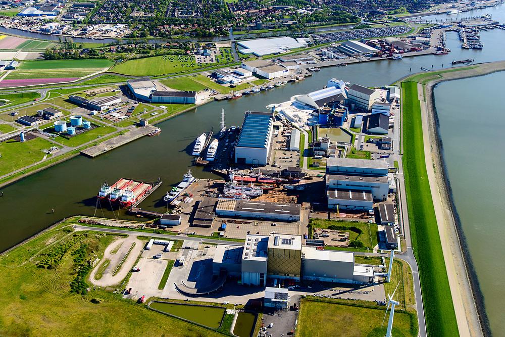 Nederland, Friesland, Harlingen, 07-05-2018; Industriehaven met onder andere Damen Shiprepair, Reststoffen Energie Centrale (REC), ICON Yachts.<br /> Harlingen industrial harbour<br /> <br /> luchtfoto (toeslag op standaard tarieven);<br /> aerial photo (additional fee required);<br /> copyright foto/photo Siebe Swart