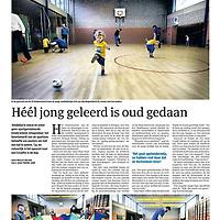 Parool 27 april 2013: peutervoetbal