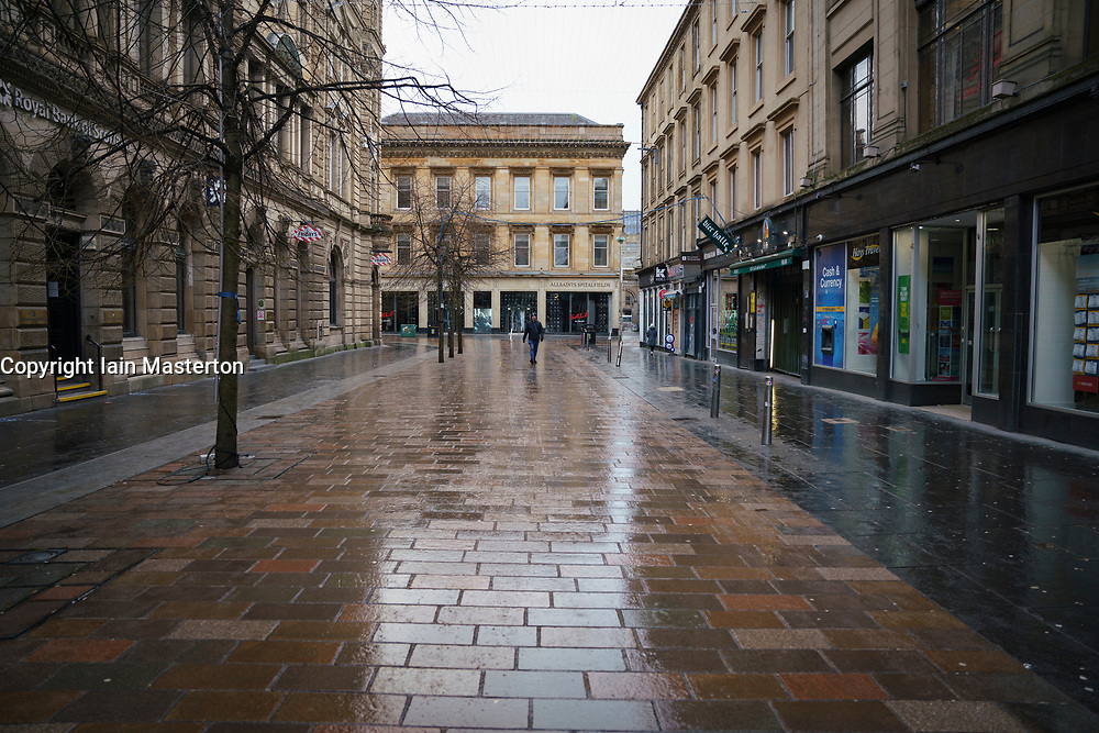 Glasgow, Scotland, UK. 5 January 2020. Views of a very quiet Glasgow City Centre as Scotland wakes up to the first day of a new strict national lockdown announced by Scottish Government to contain new upsurge in Covid-19 infections.  Iain Masterton/Alamy Live News