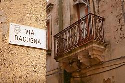 Racale, centro storico degradato.