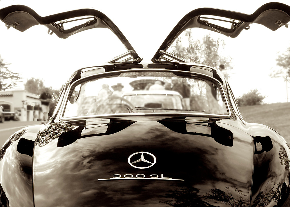 This Mercedes Benz from the late 1950's was decades ahead of its time.  To this day it it one of my favorite automobile designs.