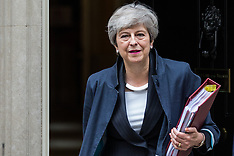 2019-06-26 Theresa May leaves for PMQs
