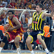 Galatasaray's Jerry JOHNSON (L) and Fenerbahce Ulker's Roko Leni UKIC (R) during their Turkish Basketball league Play Off Final third leg match Galatasaray between Fenerbahce Ulker at the Abdi Ipekci Arena in Istanbul Turkey on Thursday 09 June 2011. Photo by TURKPIX